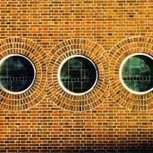 facade-950794_1040x800