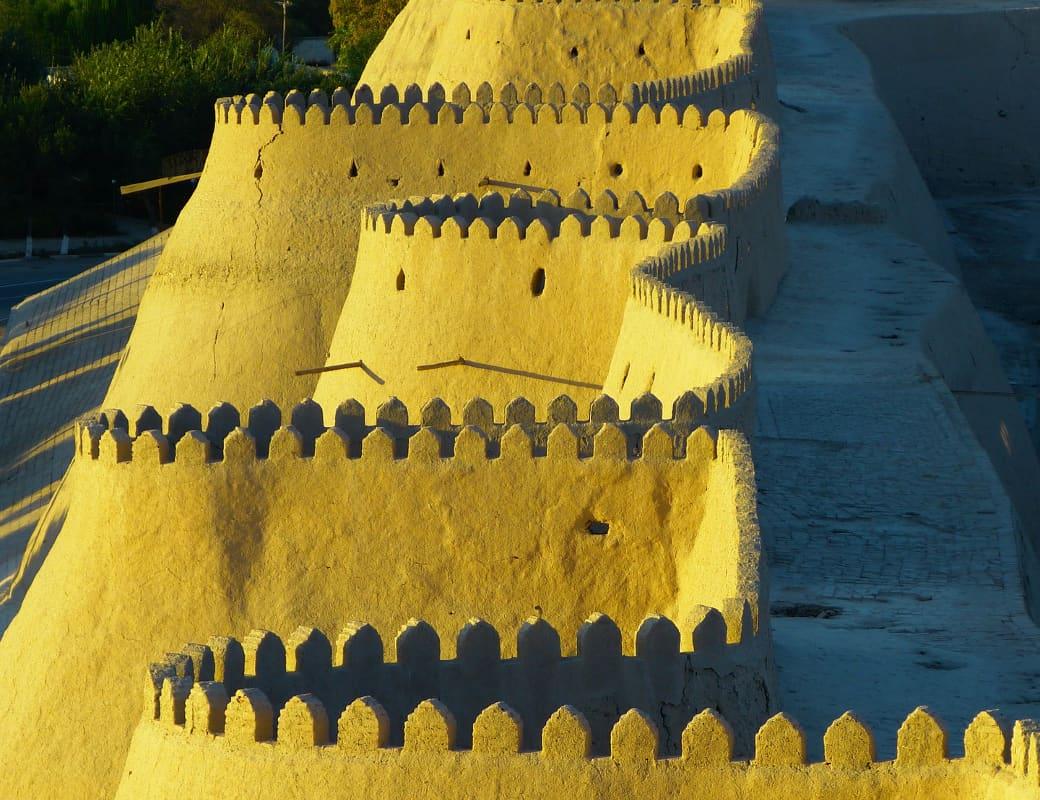 city-wall-198678_1040