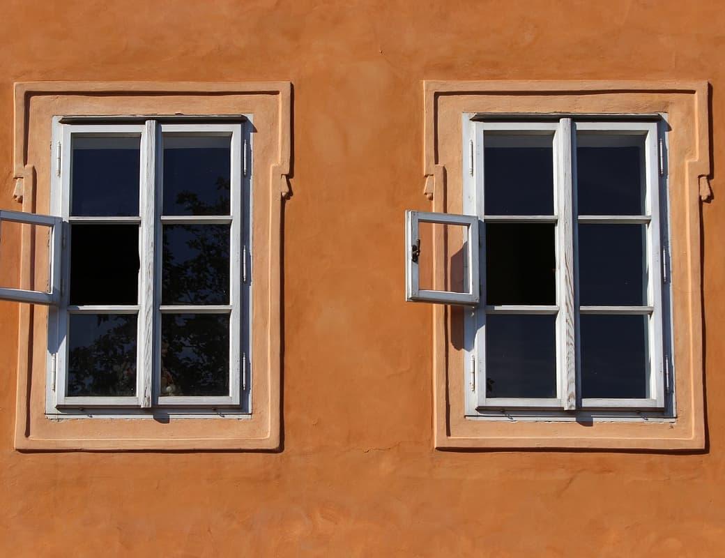 window-941625_1040